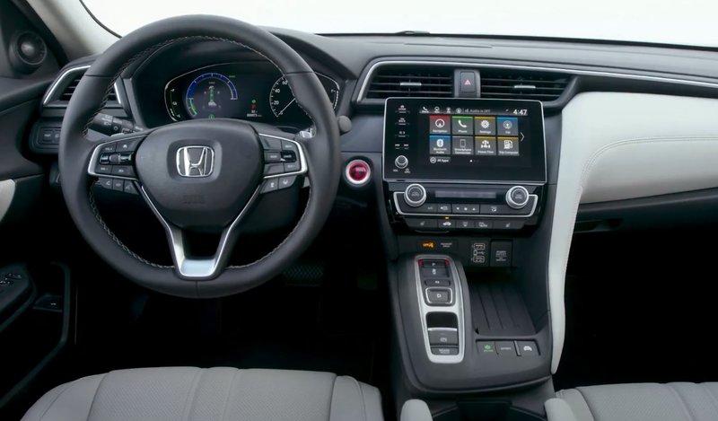 Honda Insight передняя консоль