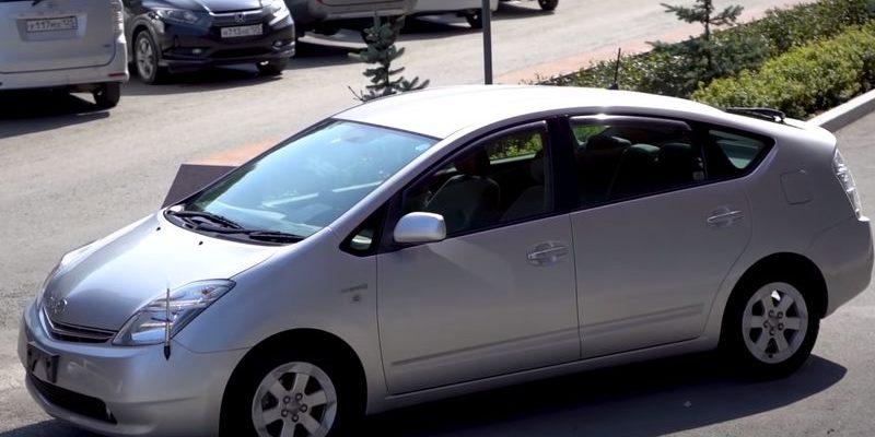 Тойота Приус 20 кузов вид спереди