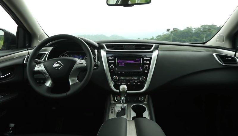 Nissan Murano гибрид салон