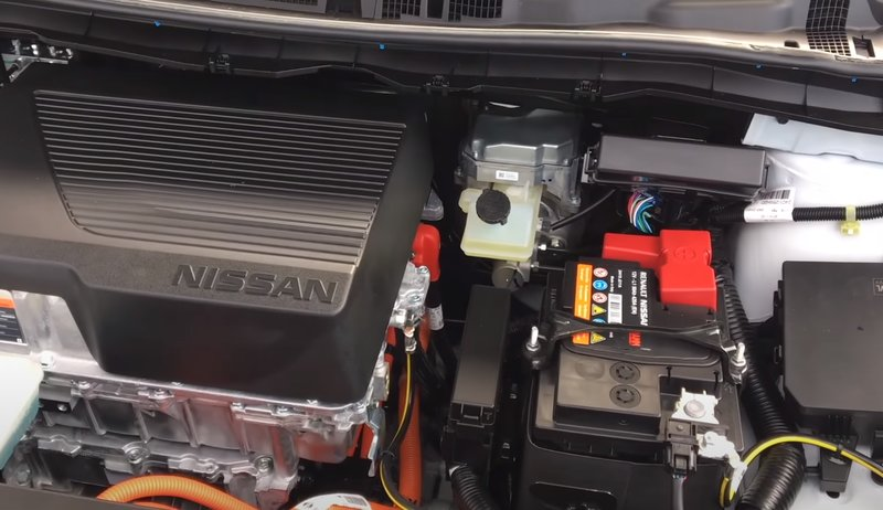 Nissan Leaf 2018, 2 поколение двигатель