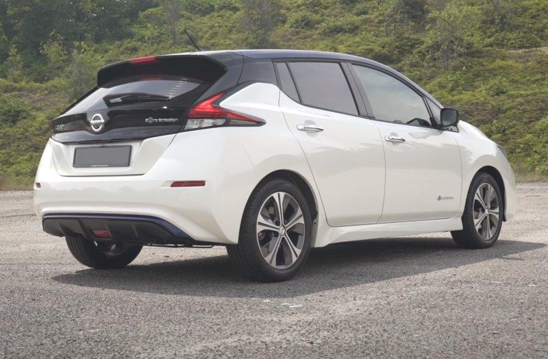 Внешний вид сзади Nissan Leaf 2019
