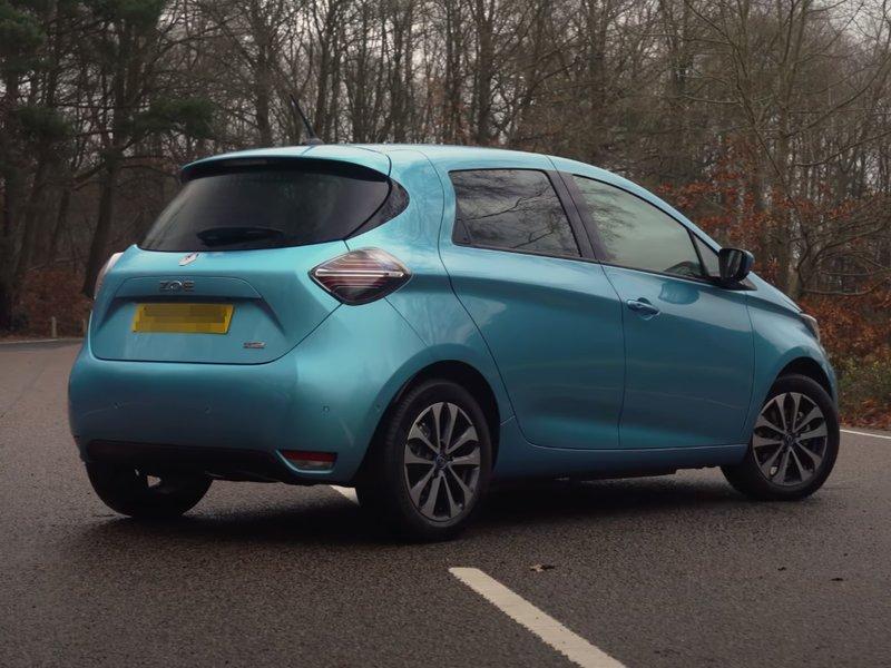 Renault Zoe вид сзади