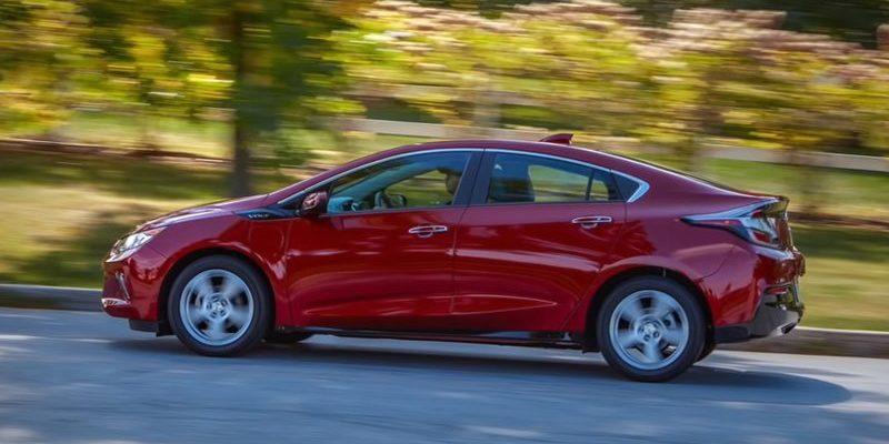 Chevrolet Volt гибрид