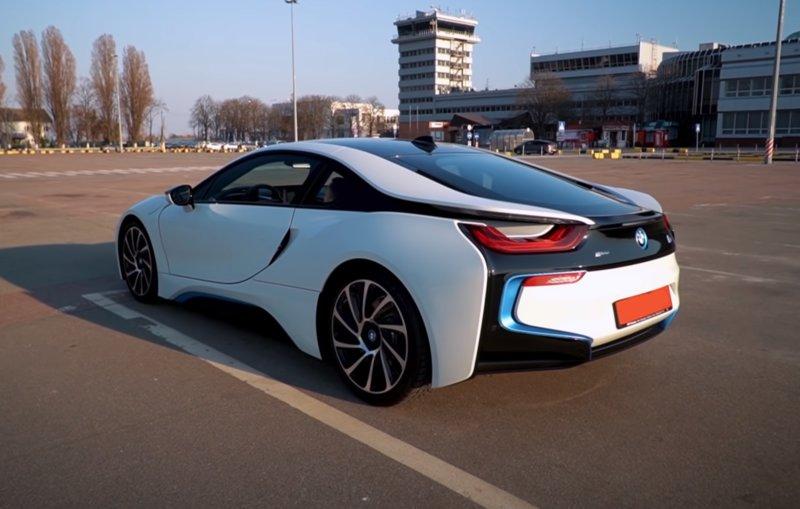 BMW i8 гибрид