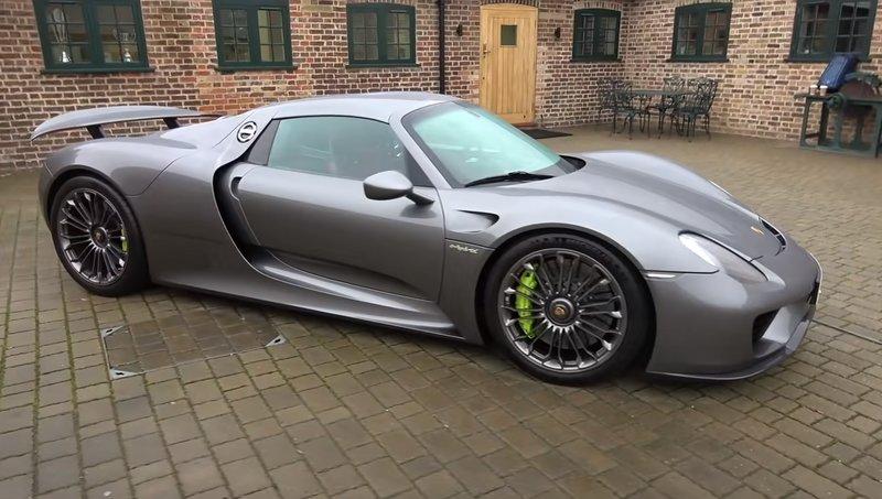 Разгон Porsche 918 Spyder от 0 до 100 км/ч занимает 2,8 секунды