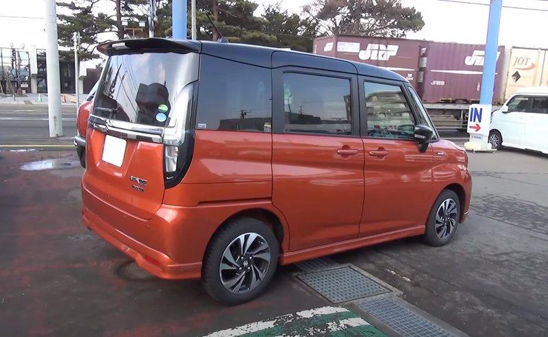 Экстерьер Suzuki Solio